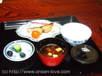 夕食の料理の写真